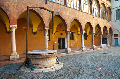 95601 