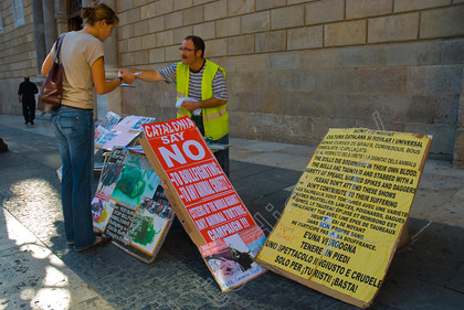 41128 