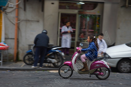 76478 